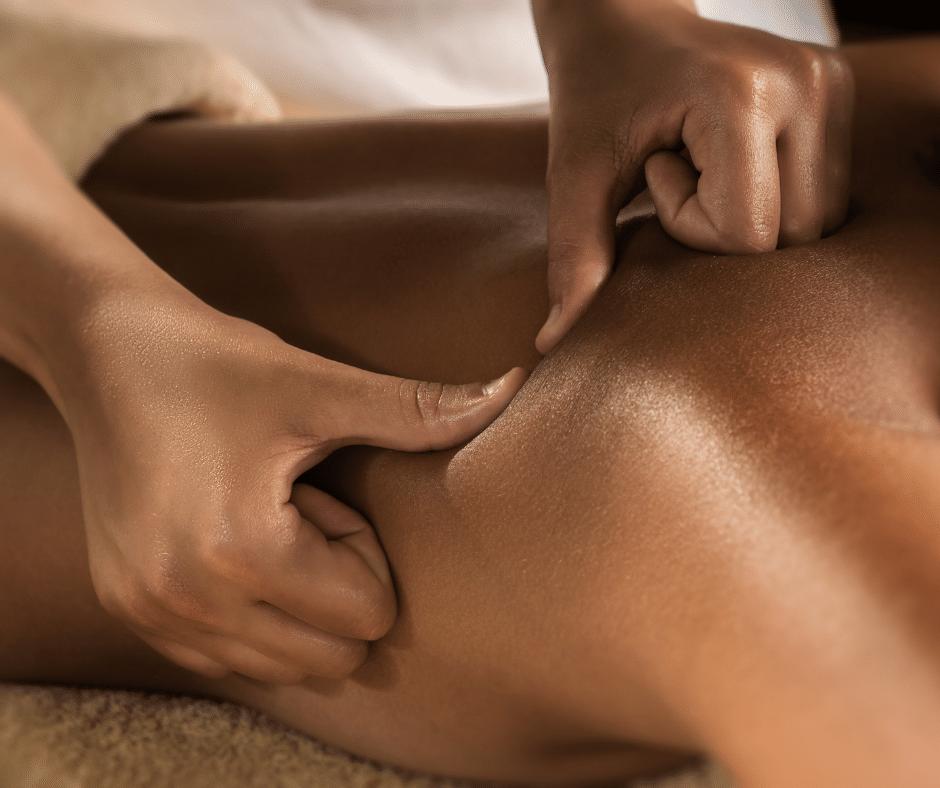 What is a deep tissue massage? Masseuse, massaging